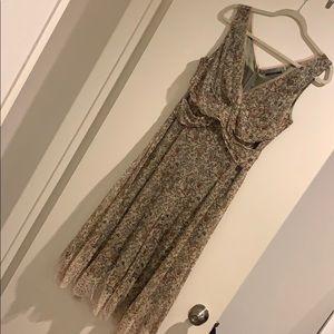 Elie Tahari 100% silk floral print/lace dress